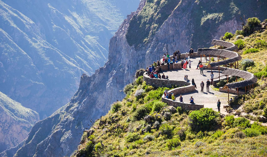 Tour to Colca 02 days: Puno – Arequipa